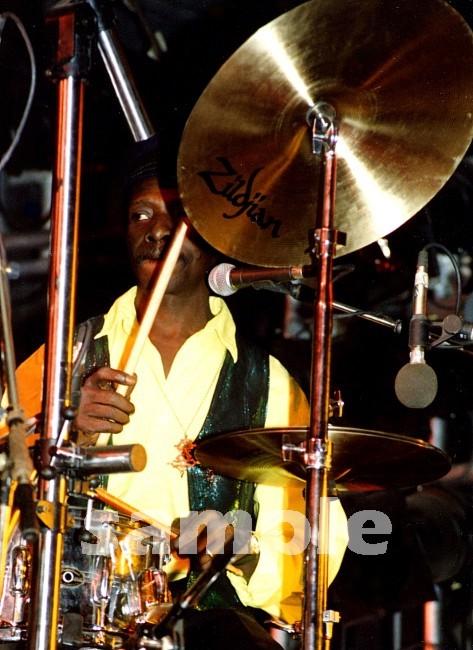 http://www.musiconphoto.com/UD_020601_3/TonyAllen_88_01Cs.jpg